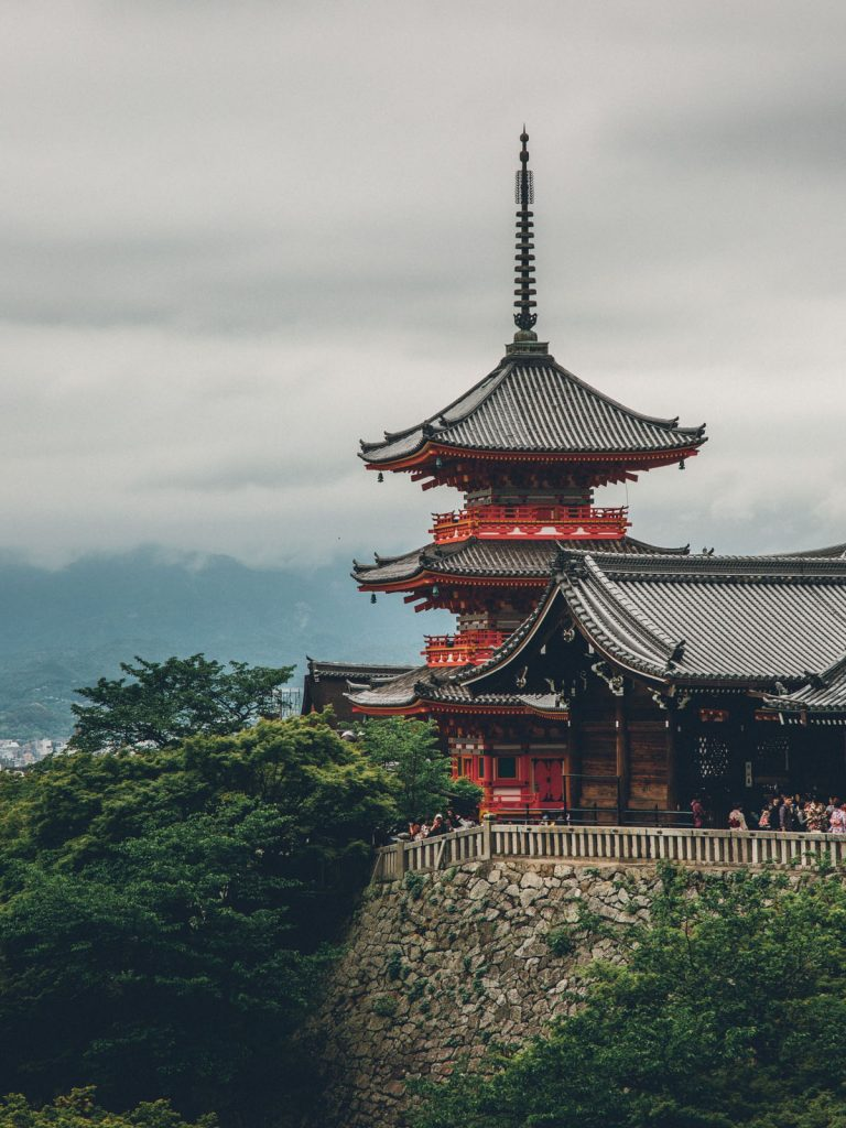 japan-kiyomizu-dera-temple-kyoto-1